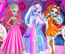 Monster High Kızlarını Giydir oyna